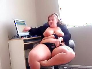 BBW at home masturbating and fondling