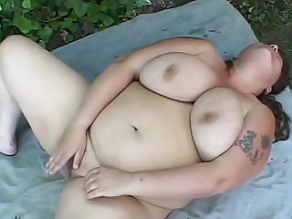 Fat girl solo play and anal sex