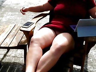 BBW windy upskirt no panties