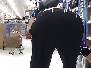 Nice redbone ass bend