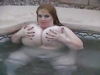 Huge Tits on BBW in pool