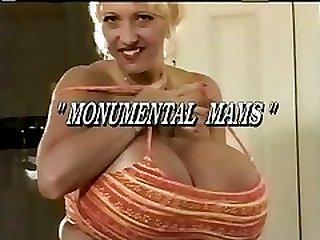 Tetas Monumentales